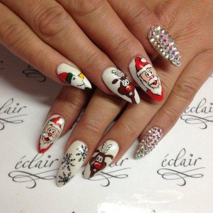 Holiday season nail designs