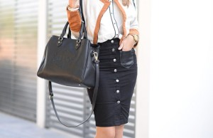 Summer Button Front Skirt Outfits Every Girl Should Try