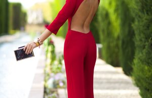 Backless Dresses Trend For This Summer 2017