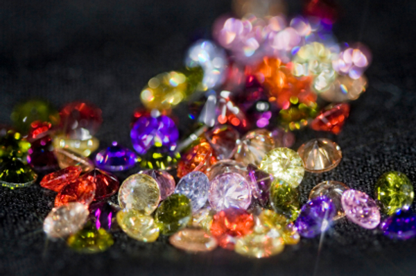 Natural Gemstone Jewelry Designs That Can Be Worn In Different Ways