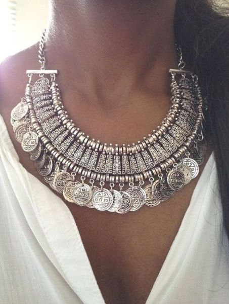 Jewelry Trends to rock this year with style