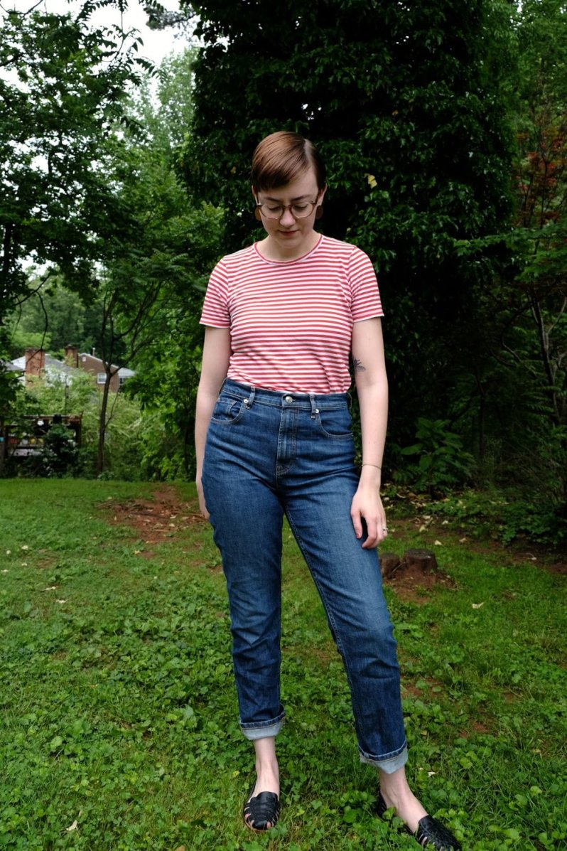 Everlane cheeky straight leg jean review stylewise-blog.com