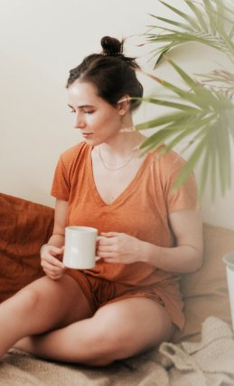 where to find ethical and sustainable loungewear, pajamas, and home clothes during the covid-19 coronavirus social isolation