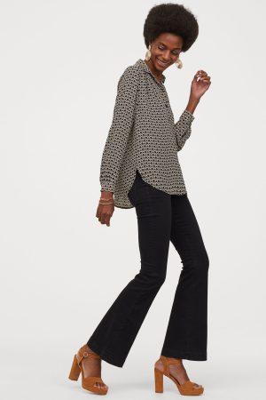 Long-Sleeved Black/Beige Patterned Blouse