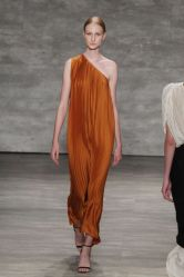 54aa96c201c30_-_elle-nyfw-spring-2015-trends-one-shoulder-tome-02-xln-elv