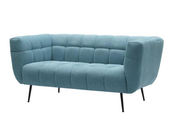 canapé en tissu bleu ciel