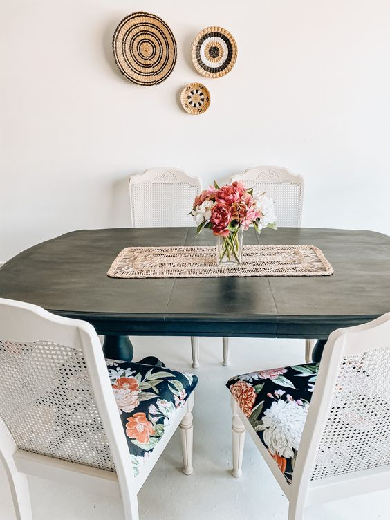 kitchen table redo in noir jolie paint