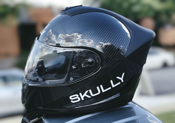 casque moto connecté skully fenix ar