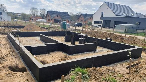 Kierowanie budową budynku mieszkalnego oraz garażu wolnostojącego.