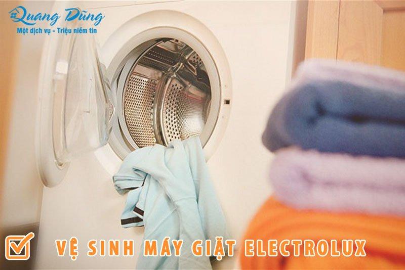 cách vệ sinh máy giặt electrolux cửa ngang