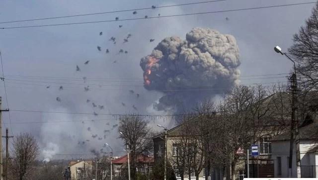 Ledakan Gudang Amunisi Tank di Ukraina Sebagai Sabotase