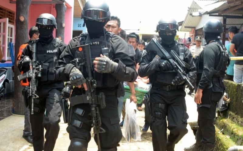 Polisi: Foto KTP yang Beredar di Medsos Milik Pelaku Teror