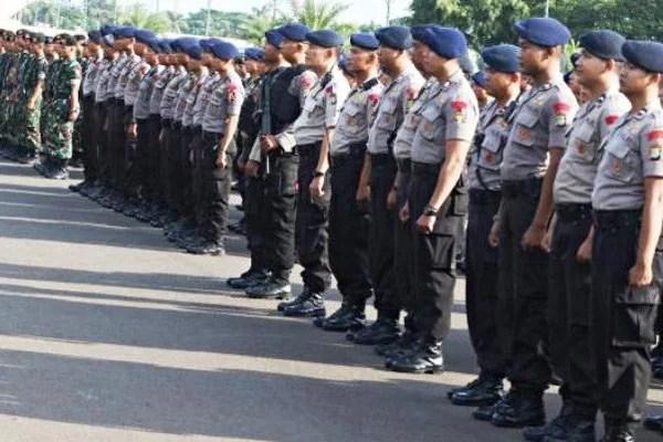 Ratusan Polisi Amankan Balaikota DKI