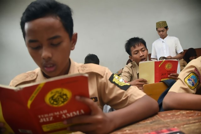 Ajarkan Radikalisme dan Anti-Pancasila, Dua Guru Agama Tingkat SMA Dinonaktifkan