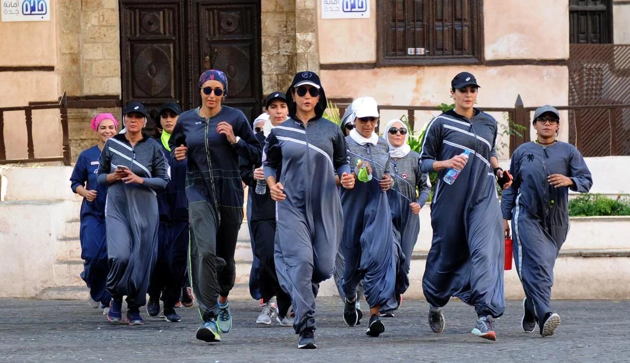 Foto: Perempuan Saudi Rayakan Hari Perempuan dengan Gerak Jalan dan Jogging di Jalanan