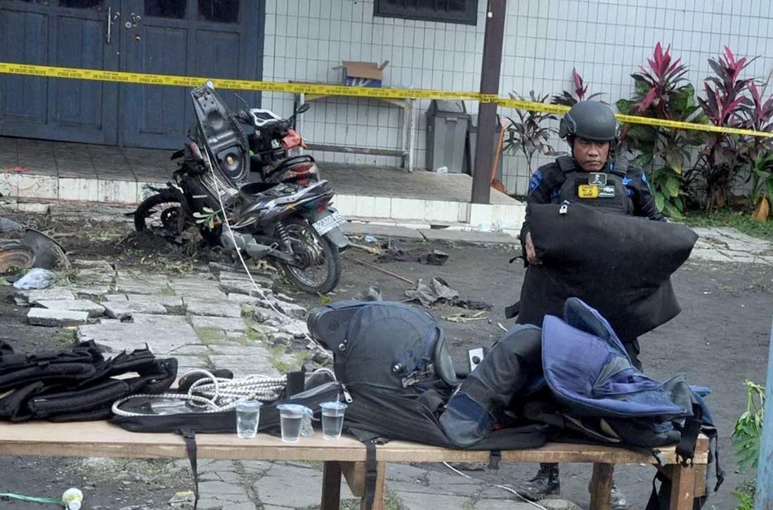 Empat Istilah Yang Dipakai Teroris untuk Meledakkan Bom
