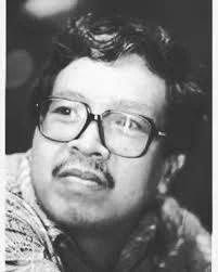Mengenal Kuntowijoyo: Pelopor Ilmu Sosial Profetik yang Mahir Menulis Novel