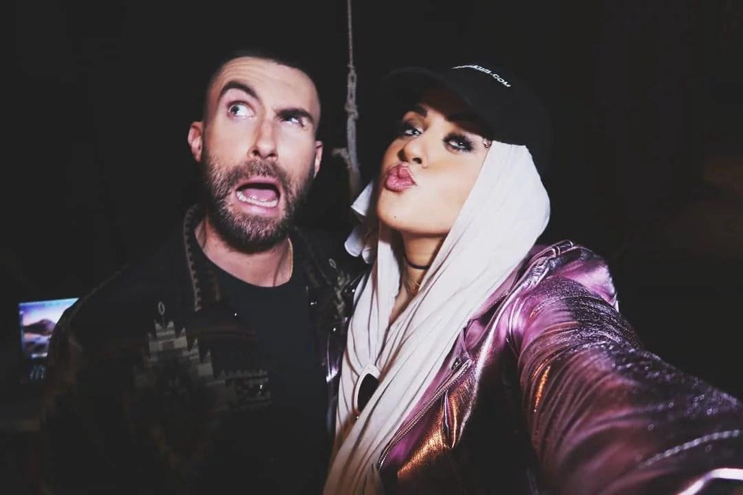 Ini Dia Dua Hijabers di Video Klip Terbaru Maroon5 Bareng Gal Gadot
