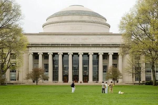 10 Teratas Perguruan Tinggi Terbaik dan Top Dunia Versi QS World