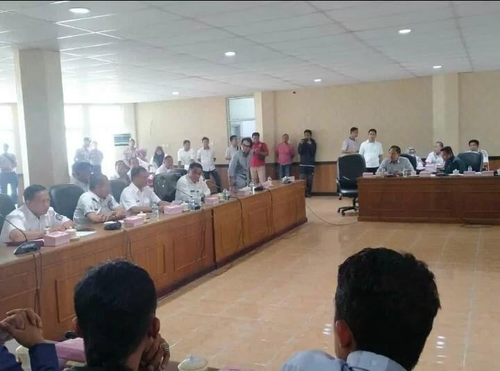 Bahas Tower, Rapat Dengar Pendapat Umum di DPRD Bone Berlangsung Alot