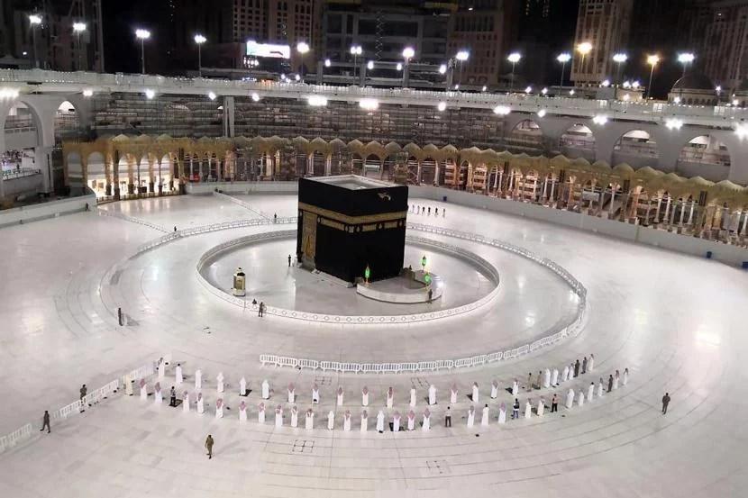 Saudi Buka Ibadah Umroh Kecuali Bagi Indonesia dan 13 Negara Lainnya