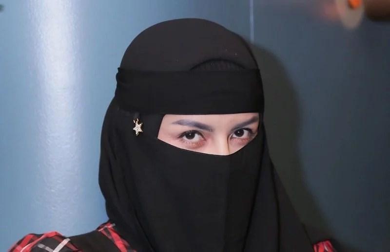 Mantap Hijrah, Five Vi Malu Pernah Tampil Seksi dan Tak Ridho Foto Lamanya Beredar