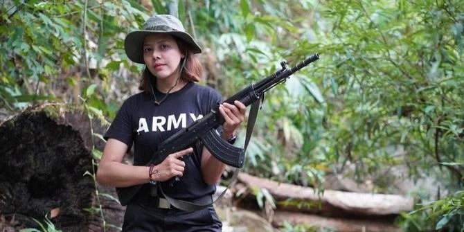Eks Ratu Kecantikan Myanmar Angkat Senjata Lawan Junta Militer