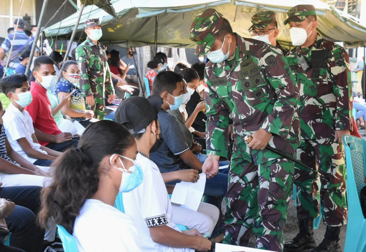 Korem 161/ Wira Sakti Gelar Vaksinasi Usia 12-17 Tahun di Asten TNI-AD Kuanino