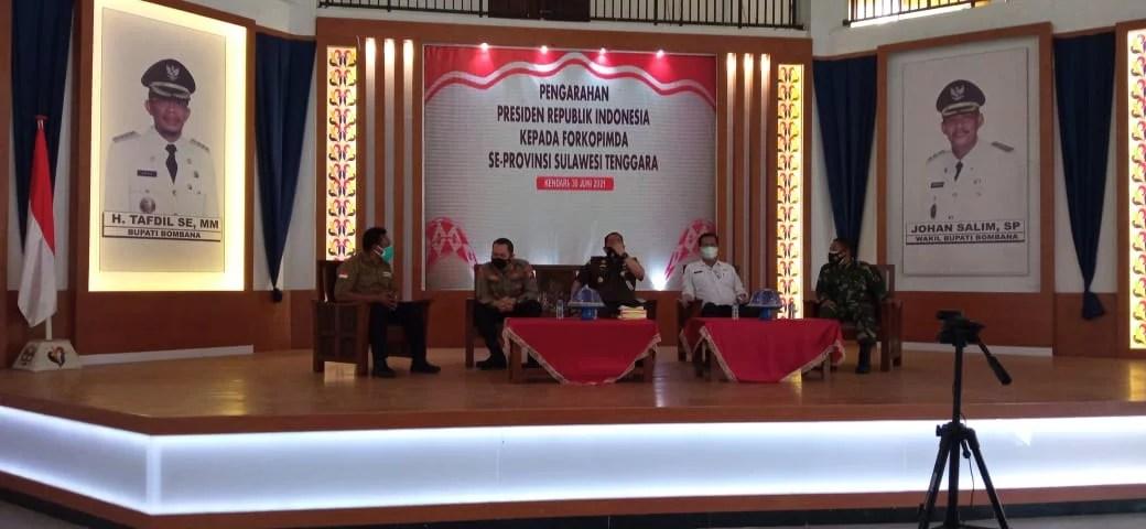 Pemkab Bombana Sambut Jokowi dengan Gelar Vaksinasi Covid-19 Secara Massal