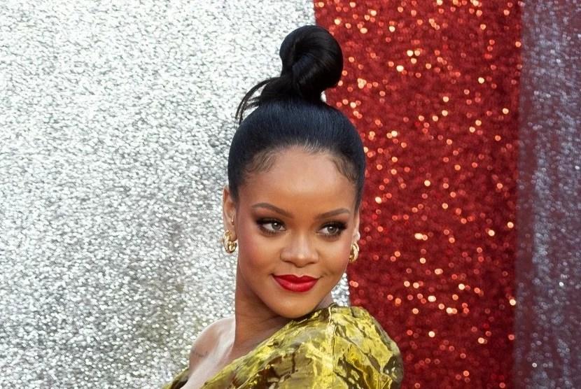 Rihanna Resmi Dinobatkan jadi Miliarder dengan Kekayaan Bersih Rp 24,4 Triliun