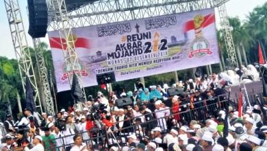 Photo of Menkopolhukam Mahfud MD Persilahkan Reuni Akbar Mujahid 212