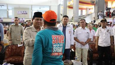 Photo of Diserbu Garam Impor, Petani Jatim Curhat ke Prabowo