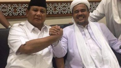 Photo of Seruan Habib Rizieq: Ayo Putihkan GBK pada 7 April dalam Kampanye Akbar Prabowo-Sandi