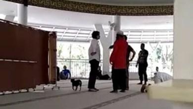 Photo of Wanita Pembawa Anjing ke Masjid Dituntut Delapan Bulan Penjara
