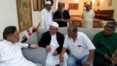 Photo of Sosialisasi Halaqah Mubaligh Asia Tenggara kepada Anwar Ibrahim