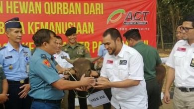 Photo of ACT Salurkan 20 Ekor Sapi Kurban ke Mabes TNI