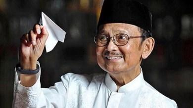 Photo of Innalillahi, Mantan Presiden BJ Habibie Wafat di RSPAD