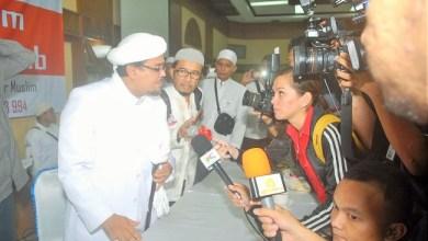 Photo of Ditanya Soal Pencekalan HRS, Menlu Retno Bilang Mahfud MD yang akan Jelaskan