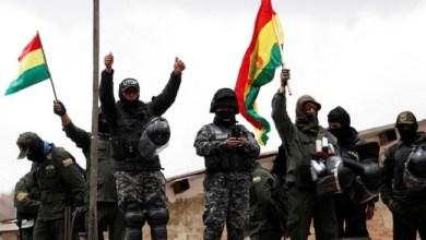 Photo of Polisi Bolivia Dukung Kelompok Oposisi Lawan Presiden Morales