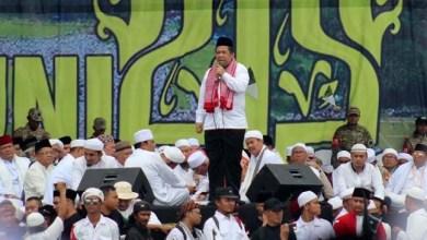 Photo of Kata Fahri Soal Wagub Pengganti Sandi: Bukan Soal Kapasitas, tapi Isi Tas