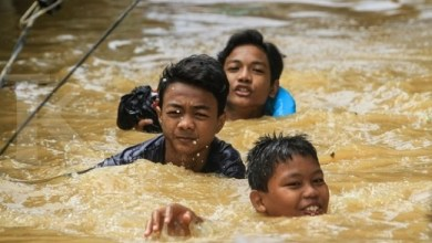Photo of Yayasan Kharisma Risalah Salurkan Donasi untuk Korban Banjir Jabodetabek
