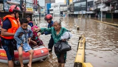 Photo of Banjir Melanda Saatnya Muhasabah