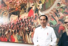 Photo of Presiden Jokowi dan Petruk Dadi Ratu