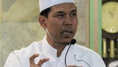 Photo of Kritik RUU Cilaka, Munarman: Sistem Ketatanegaraan Keropos Digerogoti Kelompok yang Suka Teriak Saya Pancasila
