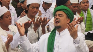 Photo of Habib Rizieq Serukan Umat Islam 'Lockdown' Mandiri