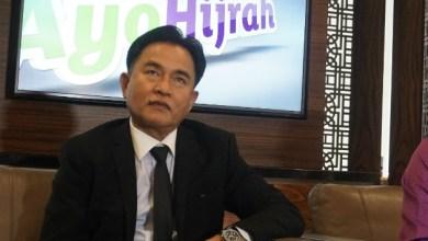 Photo of Terkait Ibadah di Tengah Wabah, Yusril Imbau Pemerintah Jalin Komunikasi dengan Tokoh Agama
