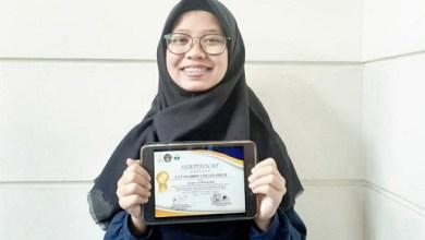 Photo of Mahasiswa UIN Bandung Raih Juara Pertama Lomba Infografis Tafsir