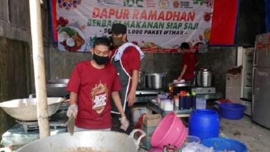 Photo of Dapur Ramadhan IDC Bagikan 1000 Paket Makanan Tiap Hari Selama Ramadhan