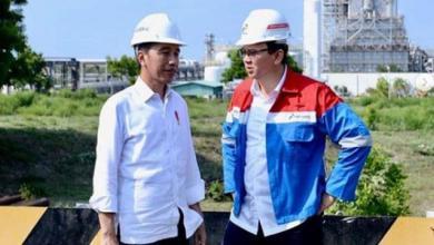 Photo of Dinilai Rugikan Rakyat karena Tak Turunkan Harga BBM, Jokowi Disomasi