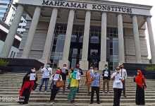 Photo of Koalisi Masyarakat Penegak Kedaulatan Gugat UU Corona ke MK
